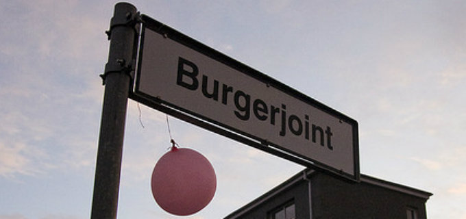 The locally famous Bullan hamburger joint, translated as Burgerjoint, is one of the fine places found at Reykjavik´s old harbor. PIC robobby