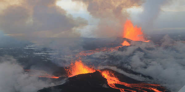 The ongoing Holuhraun rift volcano if pretty mighty and impressive but utterly harmless compared to a volcano in nearby Bardarbunga. PIC Global Panorama