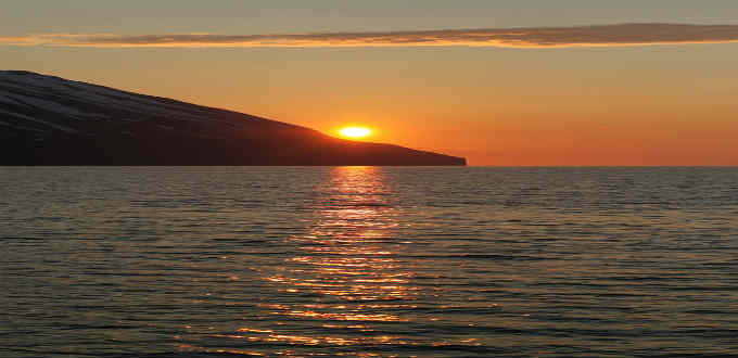 Here comes the sun and doesn´t leave. Midnight sun in Iceland in June. PIC Gudny Olafsdottir