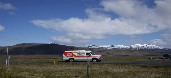 Pray you need not use the emergency services in Iceland. PIC doctorhandshake
