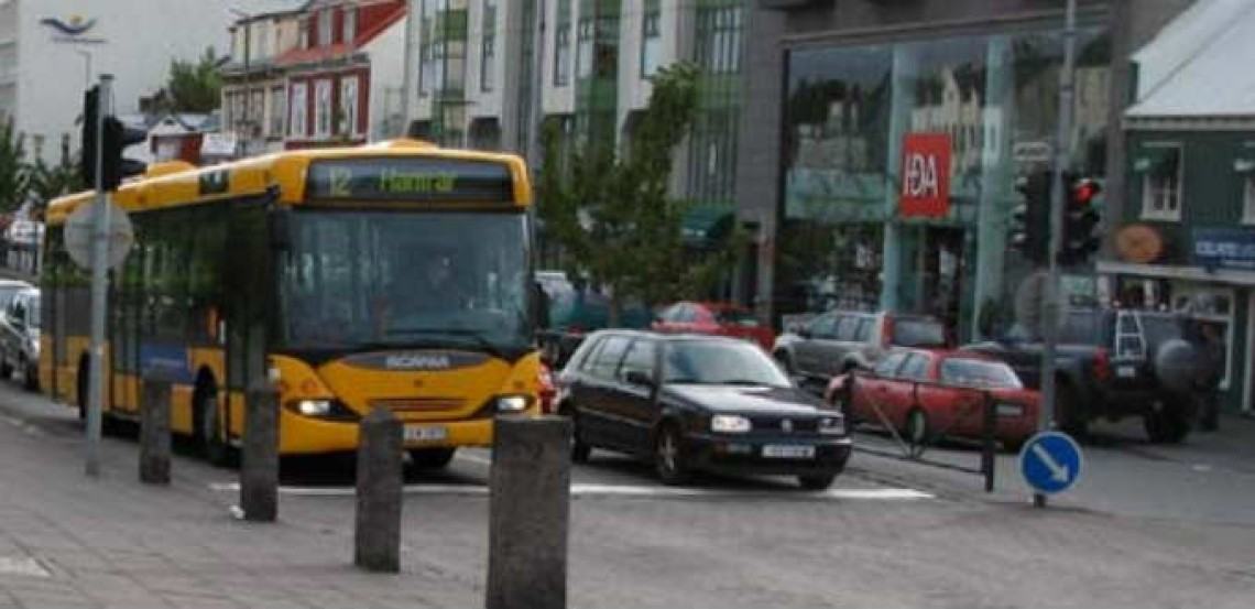 How to explore Reykjavik Iceland using the bus