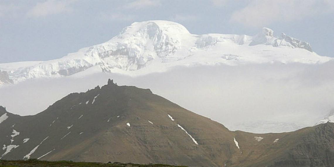 Climbing the highest peak in Iceland