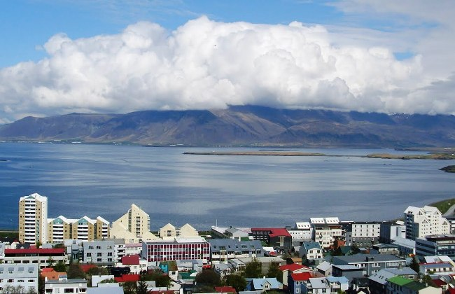 Free concert and views to blow you away in Iceland