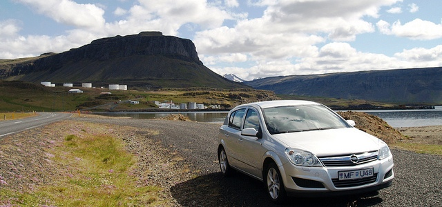 Cheapest car rental agency at Keflavik airport in Iceland