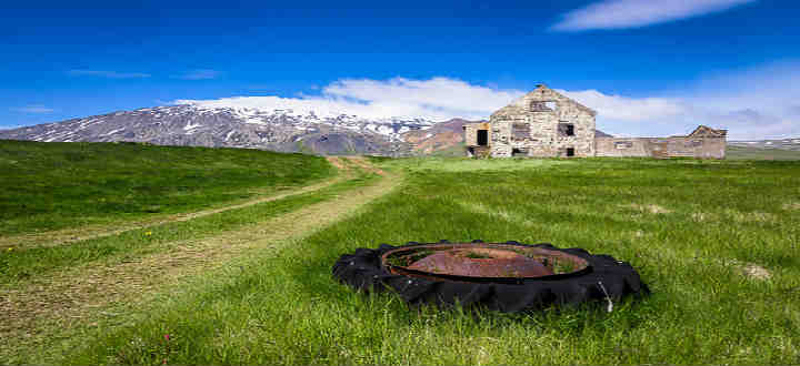 Healers and those spiritual minded have come together near the Snaefellsjokull glacier for decades. PIC Modes Rodriguez